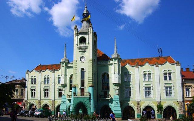 Гостиница Emilia вид на фасад