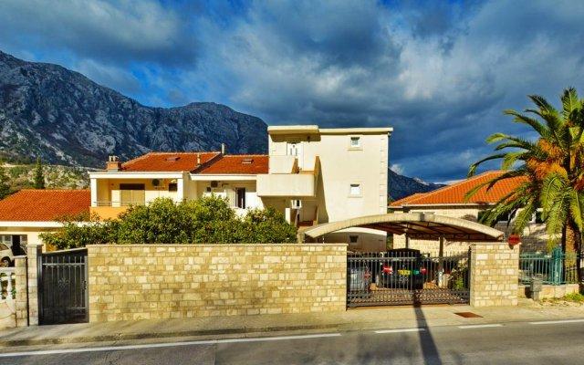 Apartments Vuković Nikola