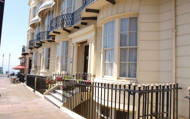 The Beach Hotel Брайтон балкон
