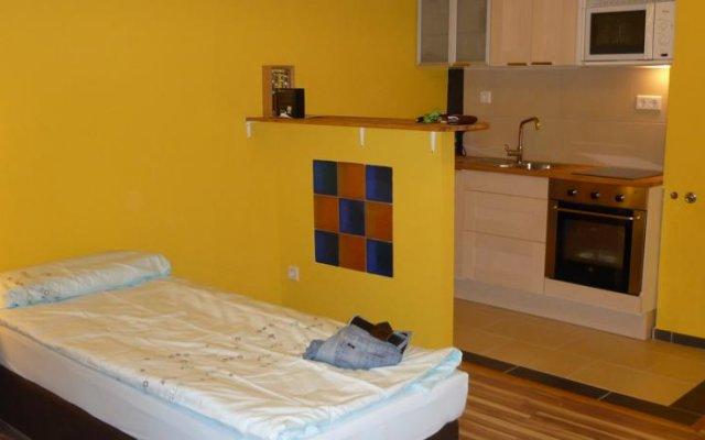 Апартаменты Flex Apartments комната для гостей