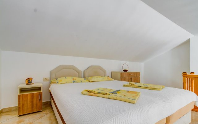 Апартаменты Apartments Rajovic комната для гостей