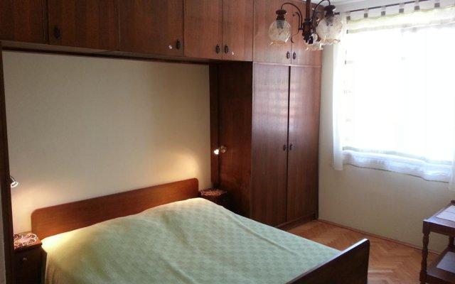 Апартаменты Elim Apartment комната для гостей