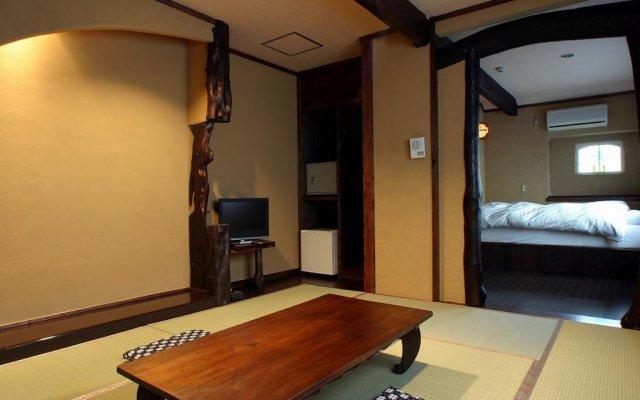 Отель Yunoyado Irifune Минамиогуни комната для гостей