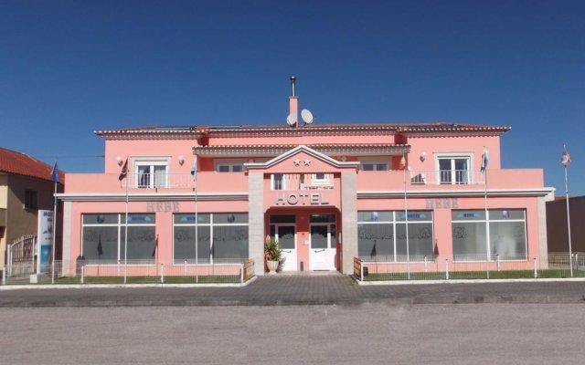 Hotel Hebe вид на фасад