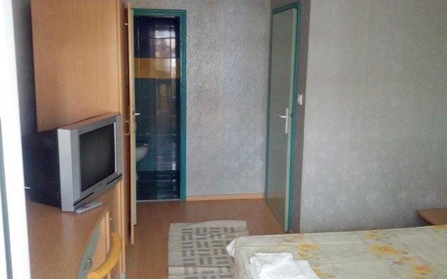 Отель Guest House Apostolovi Болгария, Равда - отзывы, цены и фото номеров - забронировать отель Guest House Apostolovi онлайн комната для гостей