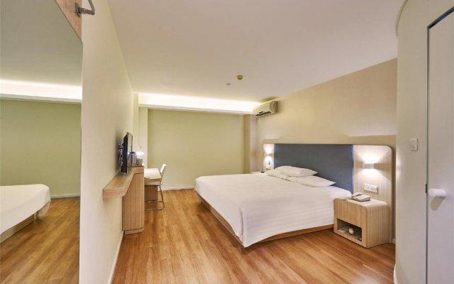 Отель Hanting Express Shenzhen Bao'an Xixiang Coach Terminal комната для гостей
