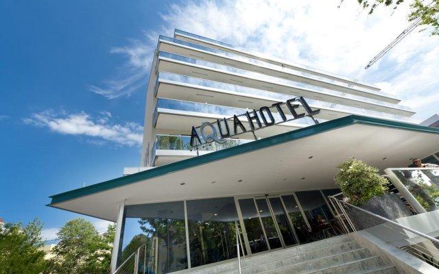 Aqua Hotel вид на фасад