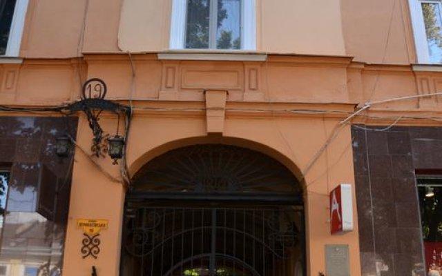 Гостиница Flat On Deribasovskaya вид на фасад