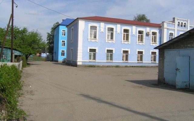Хостел Радужный вид на фасад