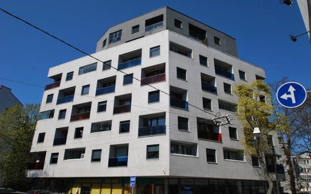 Апартаменты Sakala 22 Apartment вид на фасад
