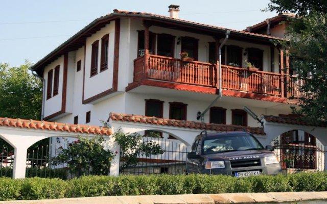 Dvata Brjasta Family Hotel