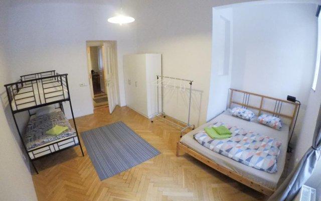 Отель Apartmány Letná комната для гостей