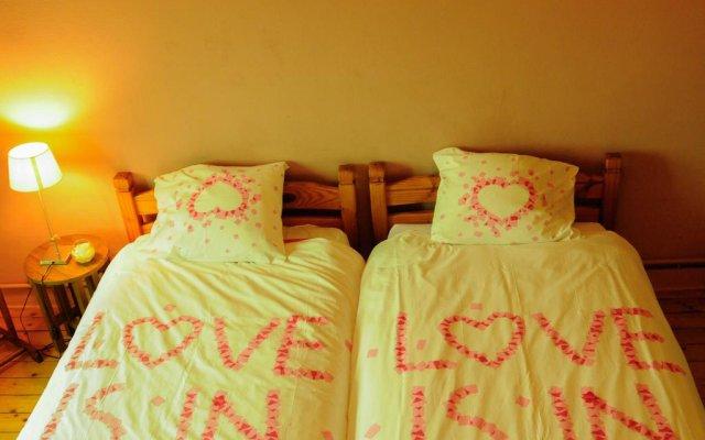 Fine Fleur Bed & Breakfast 0