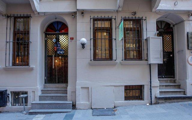 Chambers Of The Boheme - Hostel вид на фасад