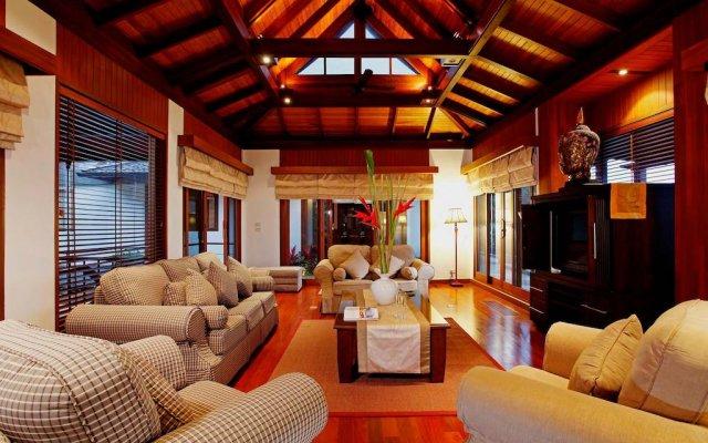 Отель Azara Villa комната для гостей