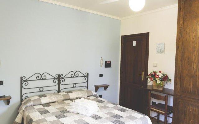 Отель Agriturismo Rivoli Сполето комната для гостей
