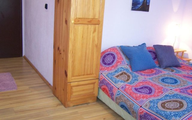 Отель Guest House Sunflowers Поморие комната для гостей