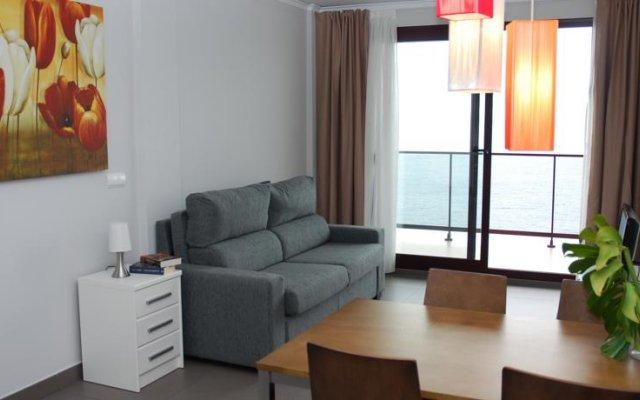 Отель Aparthotel El Faro комната для гостей