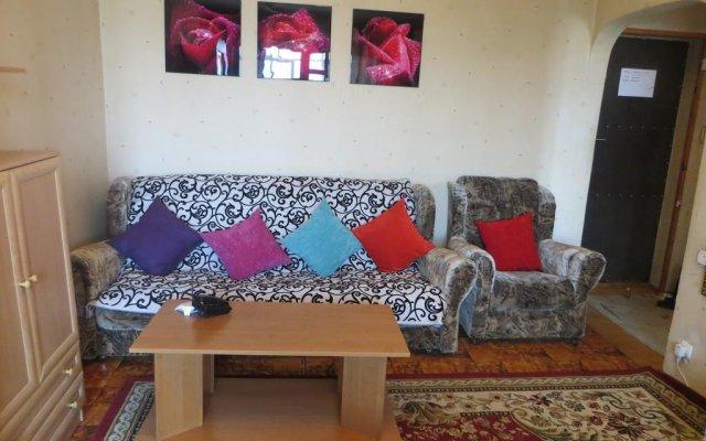 Апартаменты Bishkek City Apartments Бишкек комната для гостей