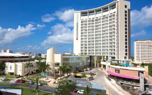 Отель Krystal Urban Cancun