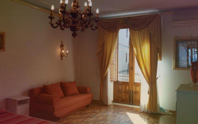 Отель Perla di Naxos Таормина комната для гостей