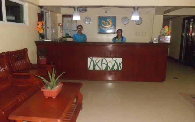 Отель Bora Sky Hotel Филиппины, остров Боракай - отзывы, цены и фото номеров - забронировать отель Bora Sky Hotel онлайн интерьер отеля