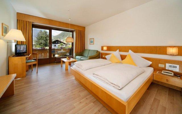 Hotel und Residence Johanneshof Чермес комната для гостей