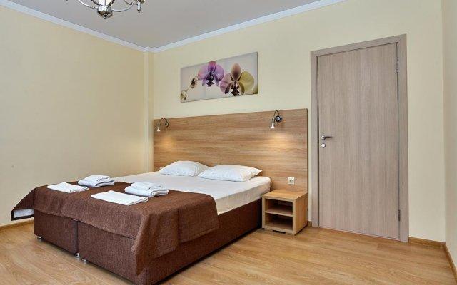 Гостиница Gorizont 32 Mini-Hotel в Ольгинке отзывы, цены и фото номеров - забронировать гостиницу Gorizont 32 Mini-Hotel онлайн Ольгинка комната для гостей