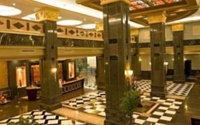 Отель Titan King Casino вид на фасад