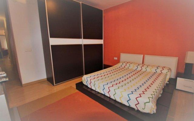 Отель J&V Avda Montserrat Испания, Курорт Росес - отзывы, цены и фото номеров - забронировать отель J&V Avda Montserrat онлайн комната для гостей