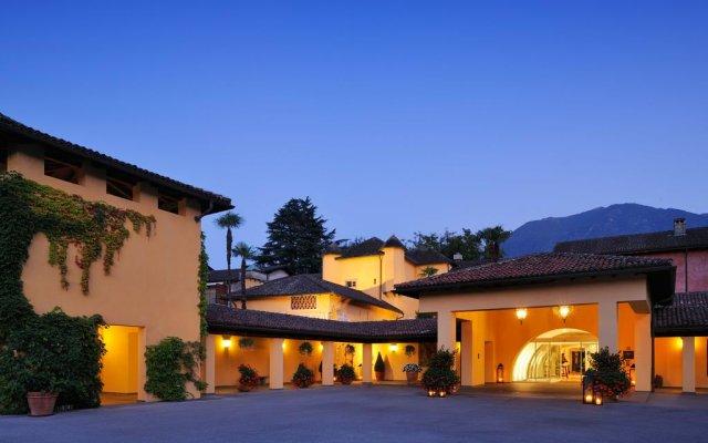 Отель Castello del Sole Beach Resort & SPA вид на фасад