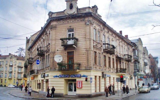 Гостиница LvivHouse - Ivana Franka St. appartment вид на фасад