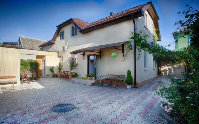 Chernomor Guest House 2