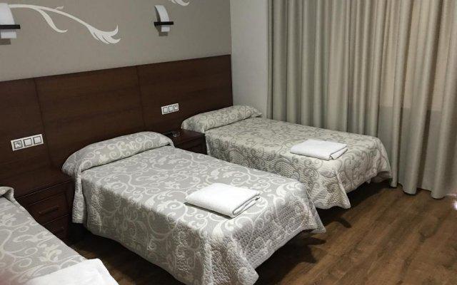 Отель Hostal Juli комната для гостей
