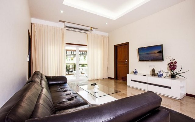Апартаменты Pratumnak Hill Apartment 2 Bedroom Паттайя комната для гостей