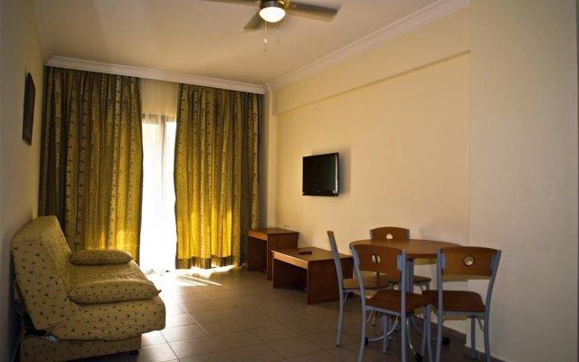 Апартаменты Aegean Princess Apartments And Studio комната для гостей