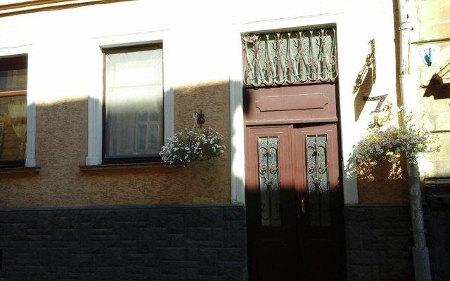 Хостел Севен вид на фасад