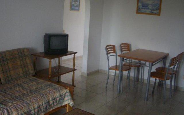 Отель Apartamentos Leziria Португалия, Виламура - отзывы, цены и фото номеров - забронировать отель Apartamentos Leziria онлайн комната для гостей