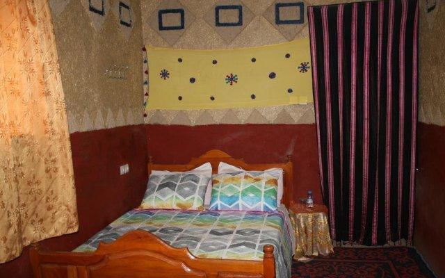 Отель Khasbah Casa Khamlia Марокко, Мерзуга - отзывы, цены и фото номеров - забронировать отель Khasbah Casa Khamlia онлайн комната для гостей