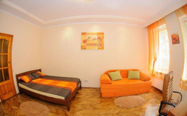 Отель Apartaments In Centre Львов комната для гостей