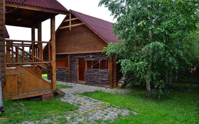 Гостиница Uyutniy Dom Inn вид на фасад