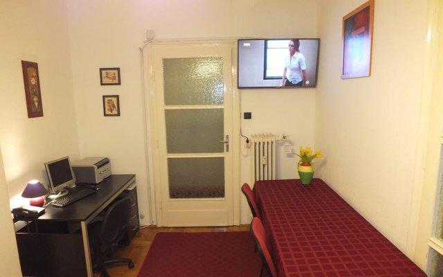 Отель Family Buda Apartment Венгрия, Будапешт - отзывы, цены и фото номеров - забронировать отель Family Buda Apartment онлайн комната для гостей