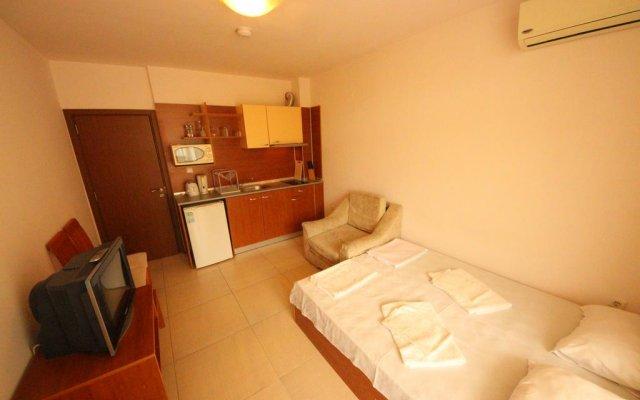Отель in Grand Kamelia Болгария, Солнечный берег - отзывы, цены и фото номеров - забронировать отель in Grand Kamelia онлайн комната для гостей
