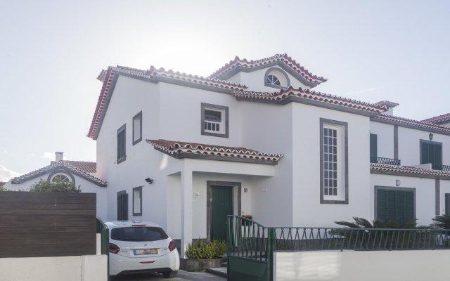 Отель Casa da Flor вид на фасад
