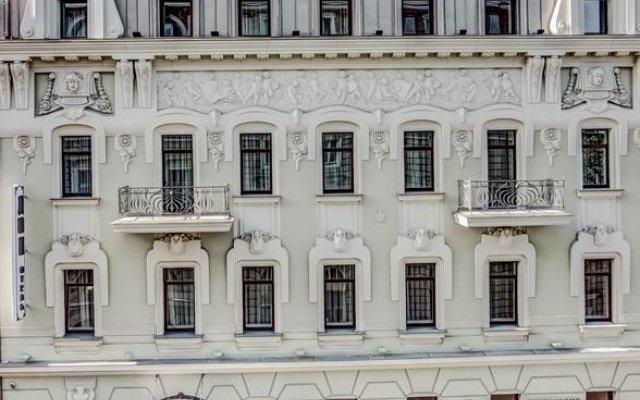 Дюк Отель вид на фасад