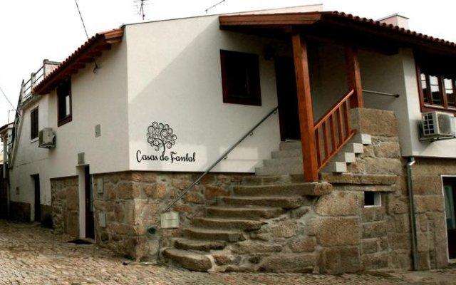 Отель Casas do Fantal вид на фасад