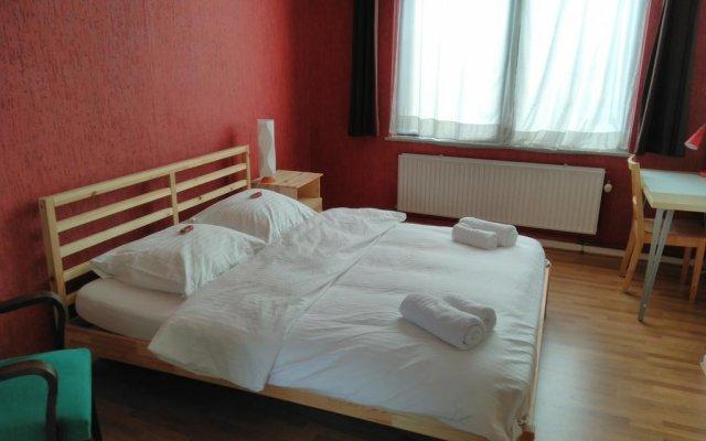 Отель Brussels BnB комната для гостей