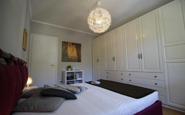 Отель House Francesca Генуя комната для гостей