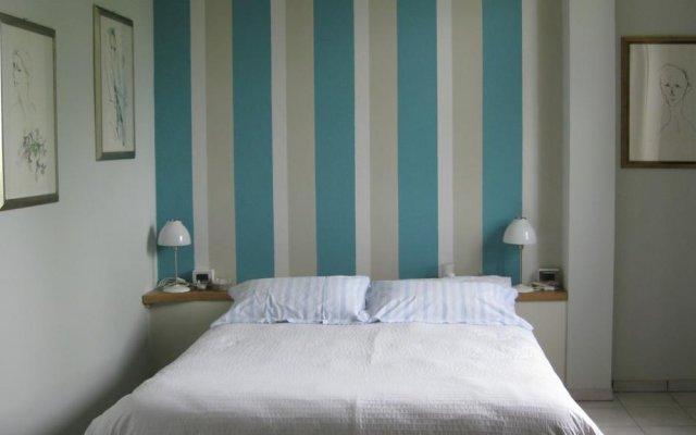 Отель Holiday Home Cannubi in Barolo Здание Barolo комната для гостей
