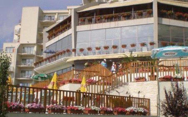 Отель Parkhotel Golden Beach - Все включено вид на фасад